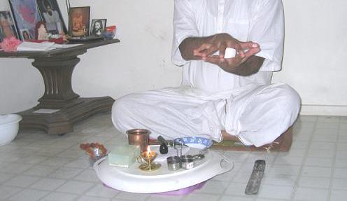 Ashta-vidhan pooja (Ishta-linga worship) - Shivayoga